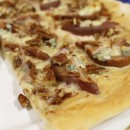 Pear, Gorgonzola & Raspberry Honey Dessert Pizza