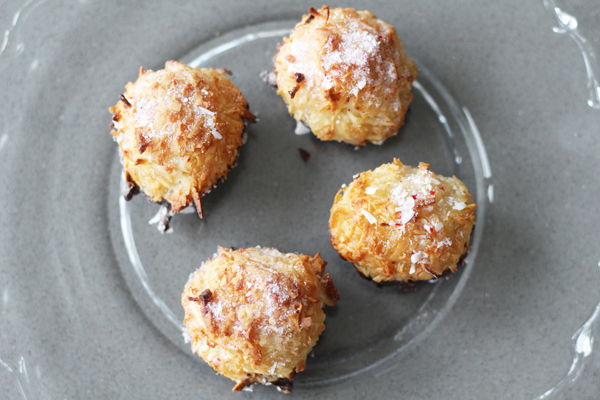 Coconut Peppermint Macaroons recipe